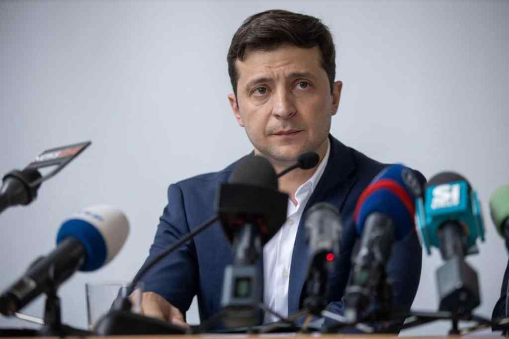 В Україні мир буде! Зеленський розповів про майбутні кроки і запросив відвідати Донбас