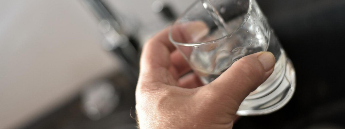 """Результат пошуку зображень за запитом """"українцю підсунули воду з наркотиками й обікрали"""""""