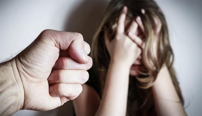 Дівчинка прийшла до мами: У Миколаївській області розшукують злочинця, який згвалтував дитину